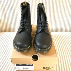 Dr. Martens 1460 Black Greasy Women's SZ 8
